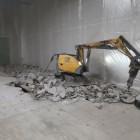 Демонтаж стяжки на площади 800м2,толщиной 10-15см