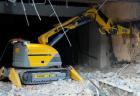 Как демонтировать здания и сооружения с помощью спецтехники?